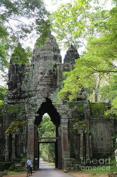 ✮ One of the gateways to the Bayon temple in Angkor Wat, Cambodia.