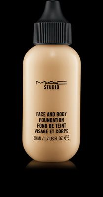 Studio Face and Body Foundation 50 ml 29 euros / fond de teint