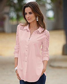 Women's Clothing Online - Together Lace Detail Stoddo en blusas blancahirt Moda Black, Winter Fashion Casual, Pretty Shirts, Stylish Shirts, Long Blouse, Shirt Blouses, Lace Shirts, Chic Outfits, Hijab Fashion
