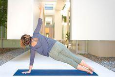 5. Side Plank Pose (        5. Side Plank Pose (Vasisthasana)   https://www.pinterest.com/pin/82824080624898792/