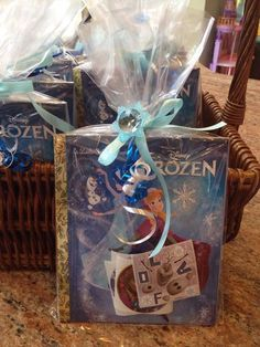 Looking for great easy Disney Frozen Themed food? Sven's Snack Mix is perfect for a Disney Frozen birthday party or a Disney Frozen viewing party. Frozen Birthday Theme, Frozen Themed Birthday Party, 6th Birthday Parties, Third Birthday, Birthday Fun, Birthday Ideas, Frozen Birthday Decorations, Elsa Birthday, Birthday Wishes