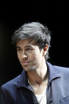 700 Enrique Ideas In 2021 Enrique Iglesias Iglesias Singer