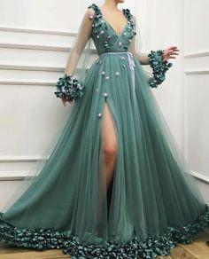 Green prom dresses deep v neck long sleeve evening dresses gowns cheap side slit formal dresses - Fashion Outfits Floral Prom Dresses, Elegant Dresses, Pretty Dresses, Formal Dresses, Maxi Dresses, Awesome Dresses, Floral Gown, Long Dresses, Casual Dresses
