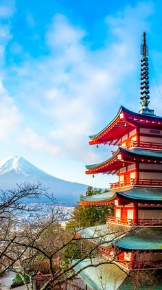 Beautiful View of Mount Fuji at Kawakuchiko lake in Japan | Dig into the best Japan has to offer for the culture lover @ http://TheCultureTrip.com. Click on the image to learn more! (image via amongraf)