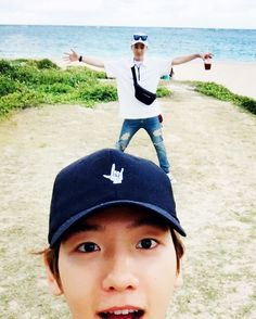 Baekhyun's IG Update with Xiumin in Hawaii