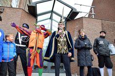 Intocht en sleuteloverdracht Prins Carnaval Leurse Leut
