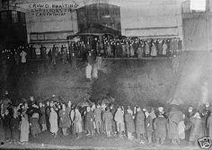 Crowd awaiting Titanic survivors as Carpathia reaches New York, Thursday evening, April 18, 1912