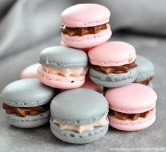 Macaroons with liquorice and Badiane (Lakritz und Sternanis Macarons) - Pink Birthday Cake Ideen Sweets Cake, Cupcake Cakes, Cupcakes, Dessert Oreo, French Macaroons, Cookie Time, French Desserts, Lalaloopsy, Food Humor