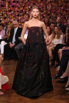 [No.33/54] Christian Dior 2012-13秋冬オートクチュールコレクション | Fashionsnap.com