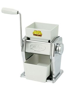 Marcato Hand Crank Grain Mill | Cereal Flaker