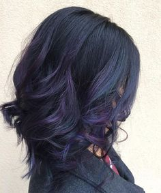 Spring is just around the corner, so don't you think it's time for a hair color change? This season, purple balayage is in Purple Balayage, Dark Hair Purple Highlights, Subtle Purple Hair, Violet Black Hair, Blue Black Hair Color, Navy Hair, Purple Ombre, Gorgeous Hair Color, Haircut For Thick Hair