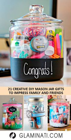 Mason jar gifts are quite popular today, and for a reason. These gifts are easy-to-do and they are not costly. So, if you wish to make your family and friends excited, there is nothing better than little presents in a surprising container. Pot Mason Diy, Mason Jar Gifts, Gifts In Jars, Gift Jars, Mason Jar Drinks, Diy Christmas Gifts, Holiday Gifts, Christmas Carol, Christmas Decorations