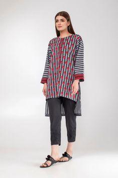 Famous Brand Almirah Unveils Eid-Ul-Azha Gent's Kurta Collection 2019 Beautiful Pakistani Dresses, Pakistani Dresses Casual, Stylish Dresses For Girls, Stylish Dress Designs, Kurti Designs Party Wear, Kurta Designs, Pakistani Fashion Party Wear, Sleeves Designs For Dresses, Indian Designer Outfits