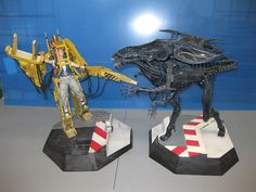 Sideshow Queen Aliens & Ripley Power Loader Boxed - I want this!