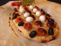 diyncraftz:  Focaccia with Cherry Tomatoes and Mozzarella Pearls  Follow Us on Tumblr  http://ift.tt/2d2ZG2Y