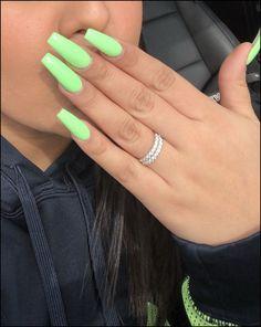 Green Acrylic Nails - - Nails - acrylic nails - coffin nails - natural nails - Source short n Simple Acrylic Nails, Summer Acrylic Nails, Best Acrylic Nails, Acrylic Nail Art, Summer Nails, Acrylic Nails Green, Simple Nails, Coffin Nails Designs Summer, Spring Nails