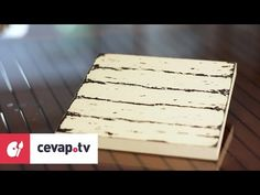 How to apply the wax technique with wax in wood painting? Shabby, Wedding Glasses, Wooden Art, Painting Videos, Painting On Wood, Chalk Paint, Diy Tutorial, Jewelry Crafts, Stencils