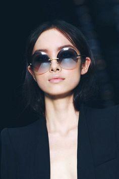 e36d72a448737 47 melhores imagens de Óculos redondos   Sunglasses, Oakley ...
