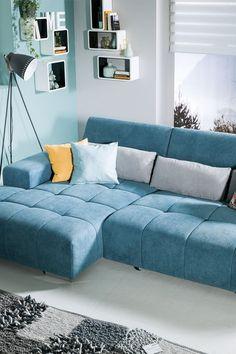 Du willst dein Wohnzimmer zu deiner ganz persönlichen Wohlfühlzone gestalten. Auf leiner.at findest du passende Inspiration. // Wohnzimmer Ideen // Interior Trends // Wohnideen // Einrichtungstipps Wohnzimmer // Sofa // Couch// Polstergarnitur // Wohnzimmer Deko Sofa Couch, Trends, Furniture, Home Decor, Inspiration, Living Room Ideas, Deco, House, Biblical Inspiration