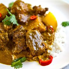 A delicious, creamy, sauced beef curry without all the waiting and numerous ingredients typically in a curry. This Coconut Beef Curry Stew can easily be a mid-week dinner and does not lack in the flav Indian Food Recipes, Asian Recipes, Healthy Recipes, Soup Recipes, Turkish Recipes, Diet Recipes, Healthy Food, Curry Dishes, Beef Dishes