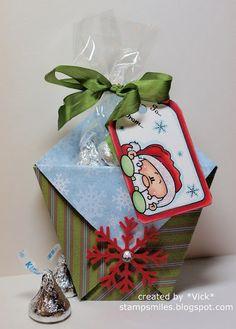 Tutorial for easy Christmas Treat holder.
