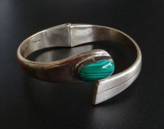 TAXCO Vintage Sterling Silver Hinged Bangle Bracelet Malachite 925 BS247
