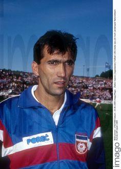 Zlatko Vujovic Yugoslavia - Fotos | imago images Stock Foto, Polo Shirt, Polo Ralph Lauren, Mens Tops, Image, Movie, Football Soccer, Polos, Polo Shirts