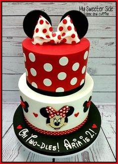 Minnie Two-Dles Cake
