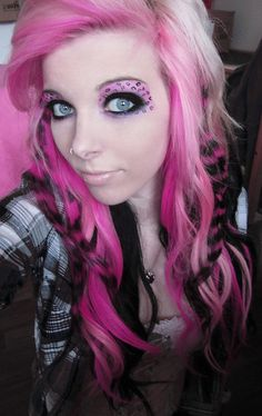 Leopard Print Hair Color | ... toned hair color ideas white black and pink hair leopard print 403x640