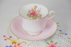 Paragon fine bone china tea cup and saucer/ pink roses/ pink tea cup and saucer by VieuxCharmes on Etsy