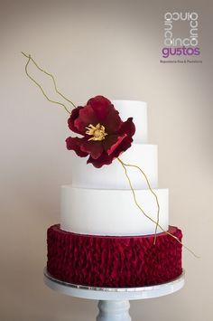 wedding cakes cakes elegant cakes rustic cakes simple cakes unique cakes with flowers Wedding Sweets, Elegant Wedding Cakes, Elegant Cakes, Beautiful Wedding Cakes, Wedding Cake Designs, Wedding Cake Toppers, Beautiful Cakes, Pretty Cakes, Cute Cakes