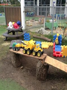 "Resourceful use of recycled timbers creates an innovative building site play area for children at Oac Rhodes - image shared by Only About Children (‏@OacChildcare on Twitter) ("",)"