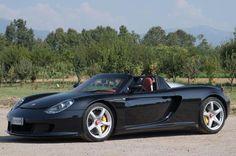 ✨ 2005 Porsche Carrera GT - one of 1.270; 612 PS V10-Saugmotor, erster Mittelmotor-Supersportler von Porsche | © Tim Scott ©2016 Courtesy of RM Sotheby's