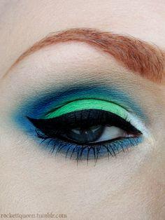 blue & green eyeshadow