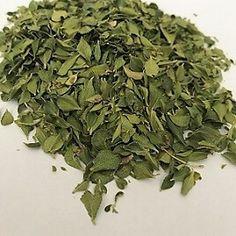 Biologisch geteelde Buchu als losse thee blaadjes. U kunt nu zelf de sterkte van uw thee bepalen. Ook geschikt om als kruid bij uw eten te voegen. Luchtdicht verpakt in zakjes. Deze Buchu is uitermate geschikt om in een koffie(kruiden) molengemalen te worden totBuchu poeder. Buchu poeder wordt in de Westkaap van Zuid Afrika gebruikt … Cold Sore, Lemon Balm, Heartburn, How To Dry Basil, Peppermint, The Balm, Spices, Herbs
