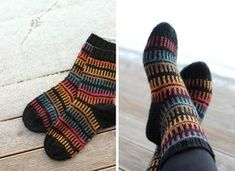 Autumn Socks - used black yarn with a color stripping yarn Knitted Socks Free Pattern, Knitting Socks, Knitting Patterns, Wool Socks, Fun Socks, Yarn Bombing, Designer Socks, Knitting Videos, Boot Cuffs