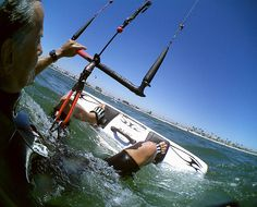 Complete and best ever guide on kitesurfing