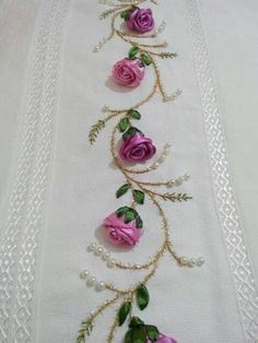 Pretty embroidered combination: Ribbon Roses & Leaves, Silk Embroidery for Stems & Small Leaves and Pearls Emy s gallery silk ribbon embroidery techniques – Artofit This Pin was discovered by Emi Get some > Ribbon Embroidery Flowers Learn how to embroid Ribbon Embroidery Tutorial, Silk Ribbon Embroidery, Hand Embroidery Designs, Embroidery Patterns, Embroidery Stitches, Embroidery Books, Towel Embroidery, Simple Embroidery, Ribbon Art