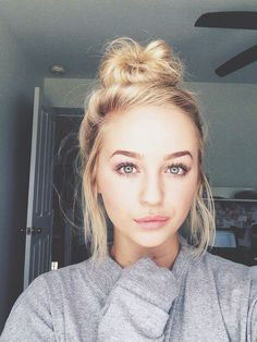 35 Simple Everyday Makeup Looks for Any Season; easy everyday makeup looks; natural makeup looks. Natural Beauty Tips, Natural Makeup Looks, Natural Looks, Natural Skin, Natural School Makeup, Natural Makeup For Teens, High School Makeup, Natural Makeup For Blondes, Au Natural