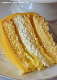 Lemon cake at Cafe 68 Gillygate. Angel Cake, Vanilla Cake, French Toast, Cheesecake, Lemon, Sweets, Bread, Baking, Breakfast