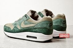 Nike Air Max 1 Green Suede.