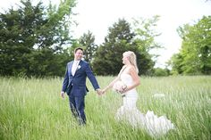 After spending the first year of their relationship traveling through 25 countries, Mollie and Aaron decided to head home for a wedding in St. Unique Weddings, Real Weddings, Wedding Venues, Wedding Photos, Wedding Ideas, Real Couples, Before Us, Spring Wedding, St Louis