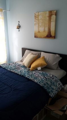 Guest bedroom. Yellow accents.