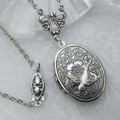 Lockets AND birds