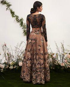 Women fashion Dresses Plus Size - Women fashion Winter Vintage - - Women fashion Videos 2018 2019 - - Indian Wedding Outfits, Pakistani Outfits, Indian Outfits, Pakistani Gowns, Desi Clothes, Indian Clothes, Indian Lehenga, Black Lehenga, Indian Designer Outfits