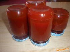 Šípková marmeláda Czech Recipes, Hot Sauce Bottles, Kiwi, Salsa, Food And Drink, Pudding, Jar, Cooking, Desserts