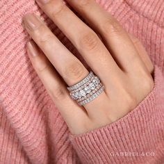 Anniversary Bands For Her, Diamond Anniversary Bands, Gold Diamond Wedding Band, Wedding Bands, Gold Ring Designs, Solitaire Ring Designs, Dream Engagement Rings, Solitaire Engagement, Bridal Rings