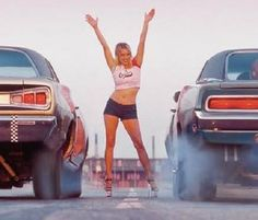 If its American you can post it Dodge Muscle Cars, Mopar Girl, Cafe Racer Girl, Street Racing, Us Cars, Drag Cars, American Muscle Cars, Car Girls, Dodge Charger
