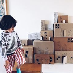 Cardboard box town kids crafts by Mini Mad Things Big Cardboard Boxes, Cardboard City, Diy For Kids, Crafts For Kids, Pop Stick, Flower Plates, Preschool Classroom, Business For Kids, Craft Activities
