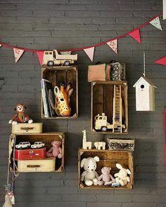 Cute storage idea for kids bedroom   @pinterest #kidsstyle #kids #room #storage #storagebox #wall #bunting #kidsroom #kidsdecor #babyroom #babydecor #accessories #books #bookshelf #ideasforkids #homeswithheart #toystorage #toys #tinythinkerstoyco